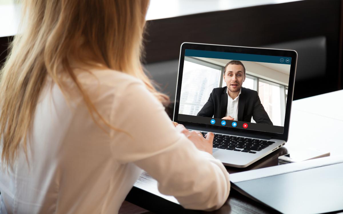 Come restare vicino ai tuoi clienti ai tempi del distanziamento sociale